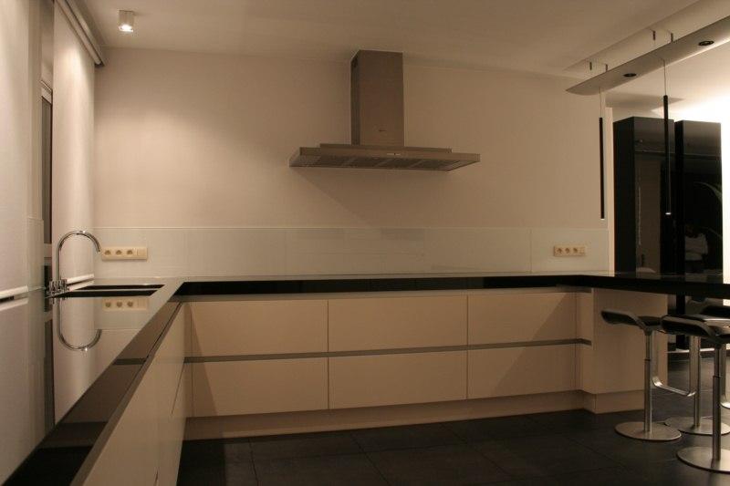 Prachtige keuken in donkere houtkle ~ consenza for .